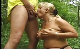 Teacher and schoolgirls have pissing lessons outdoor